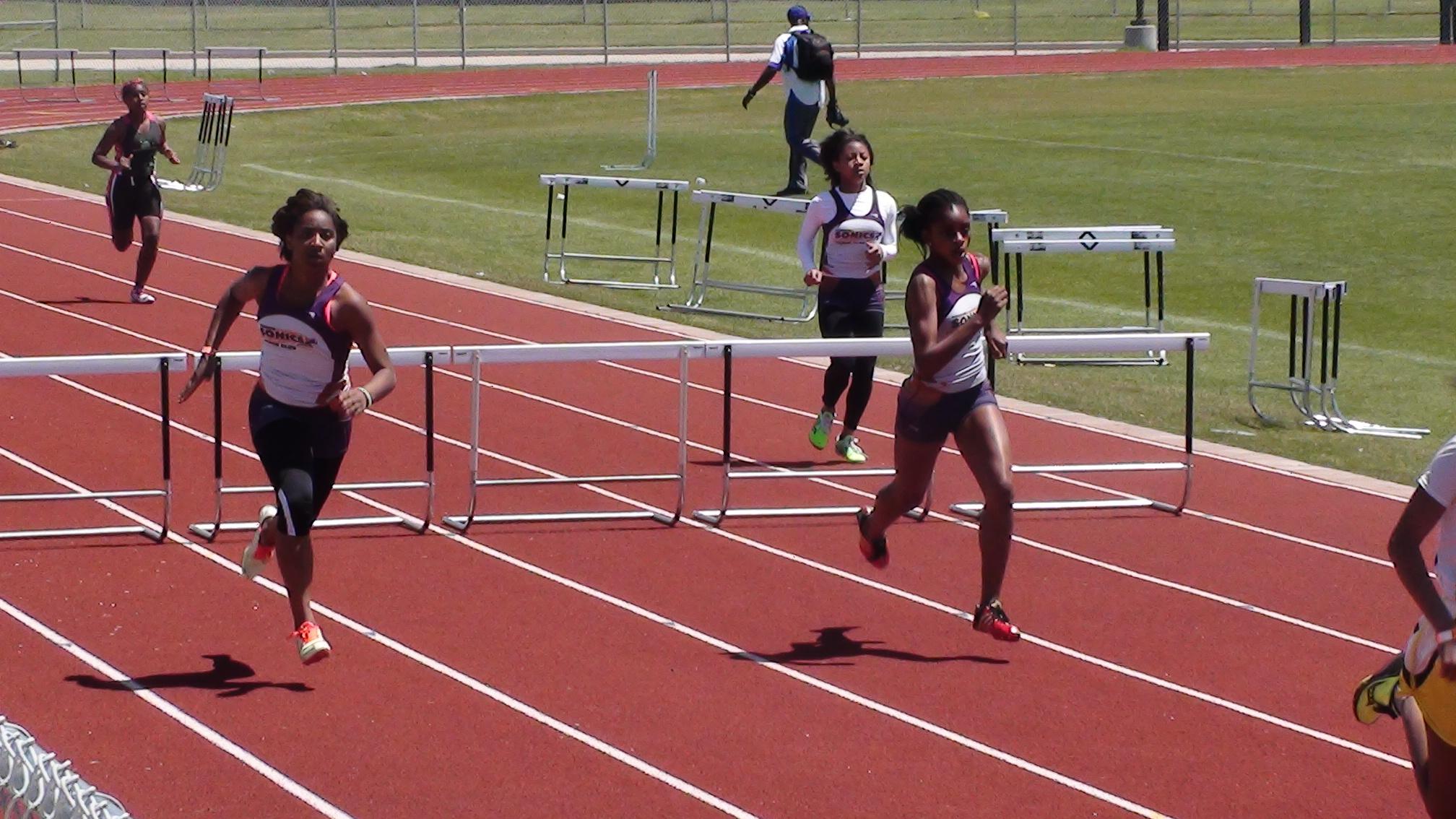 200m_hurdles