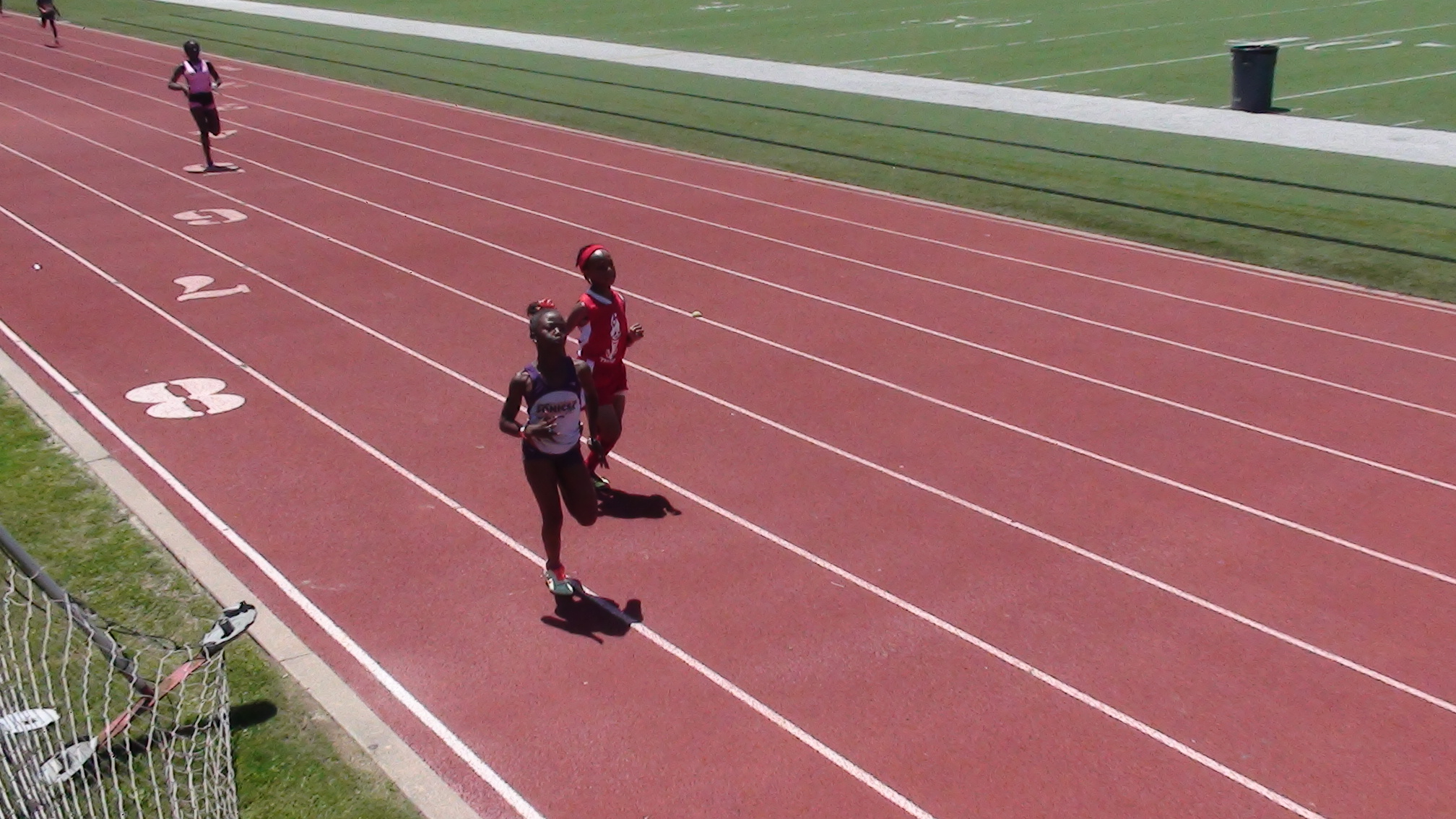 Cesley running the 400