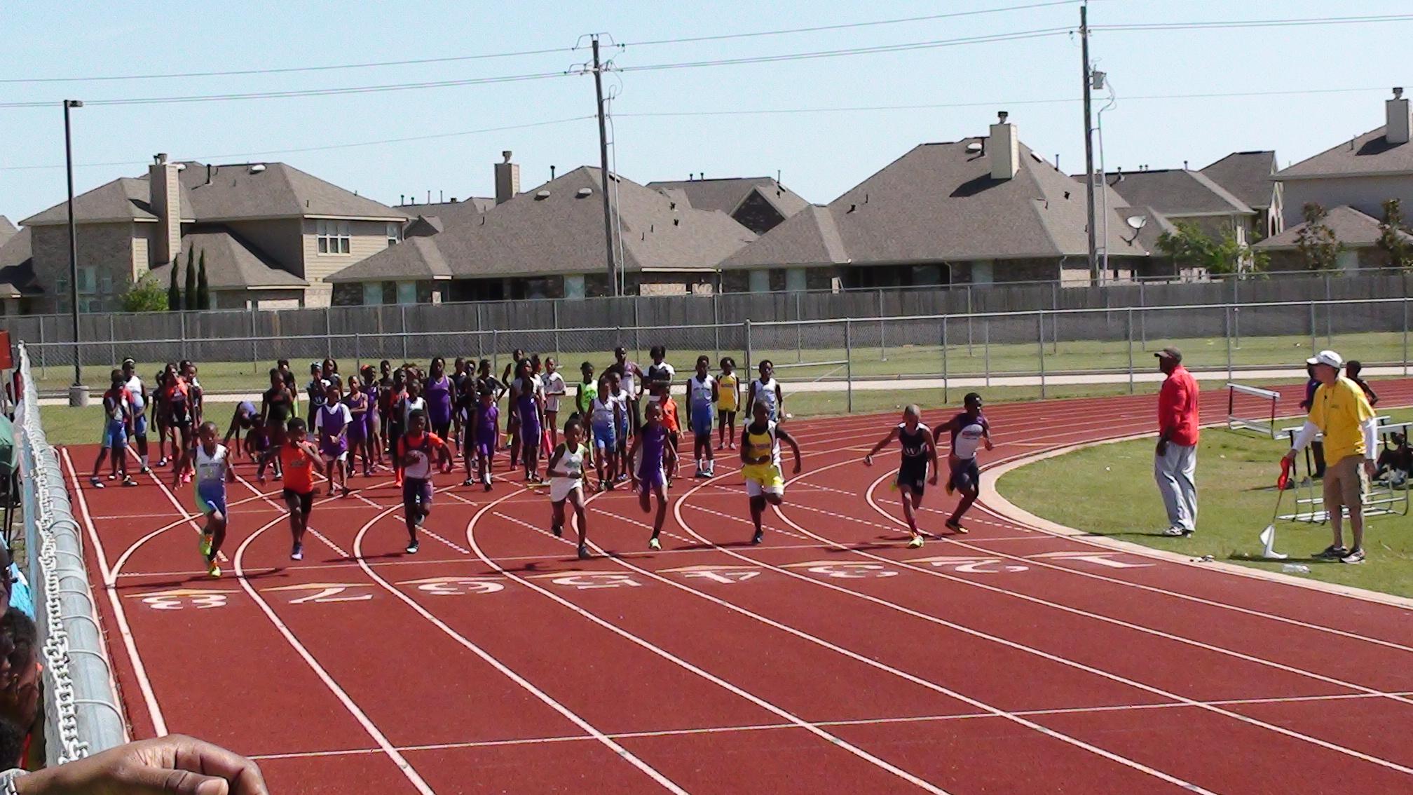 ??? running the 100m