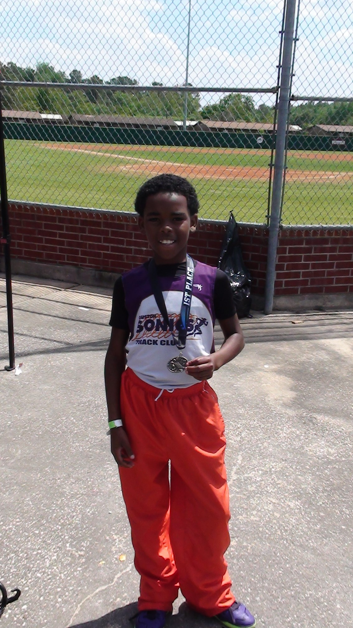 Davon took gold in the 800