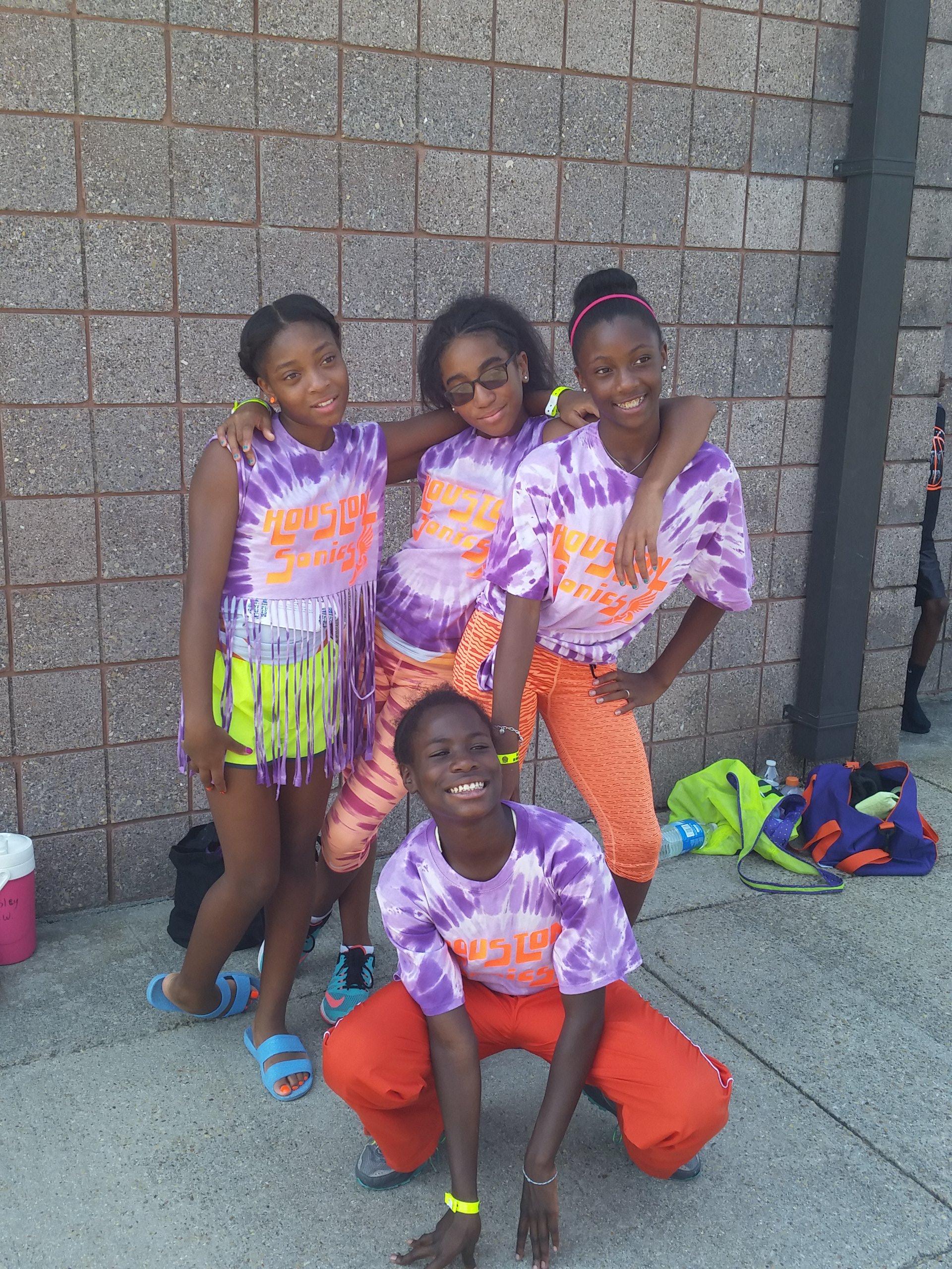 Midget girls relay team