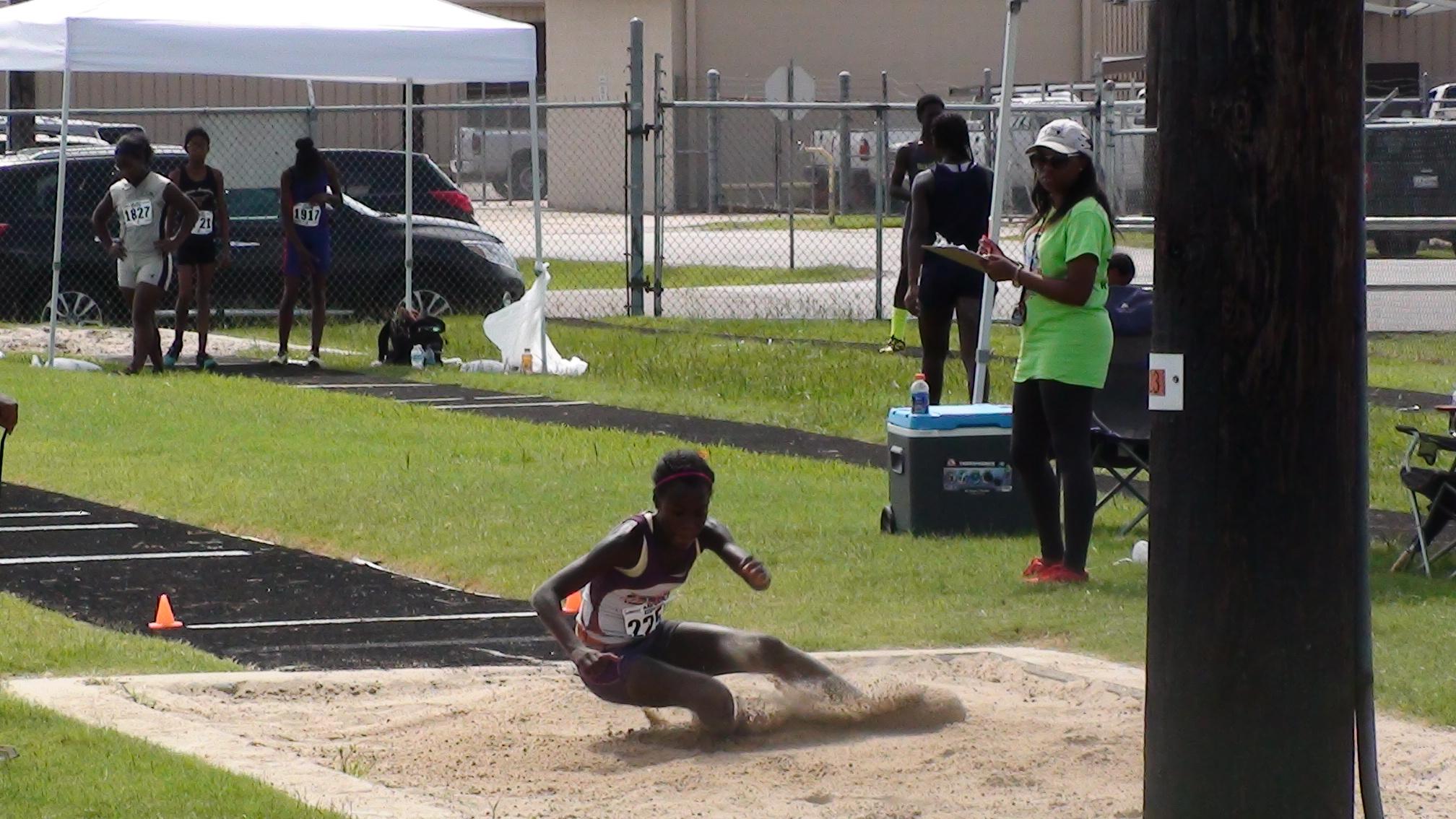 Hannah long jump landing