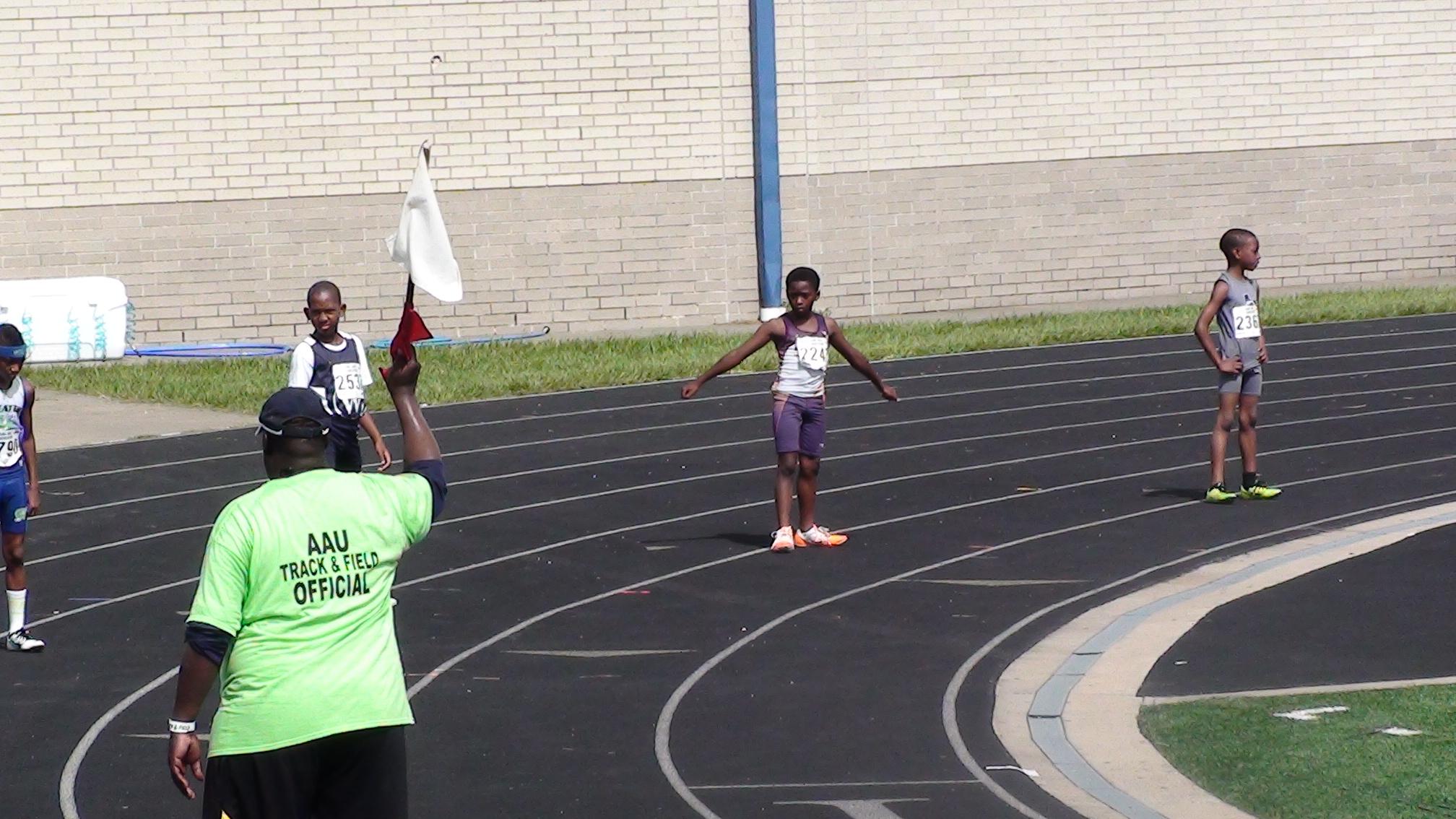 Damario on the 4x100 relay