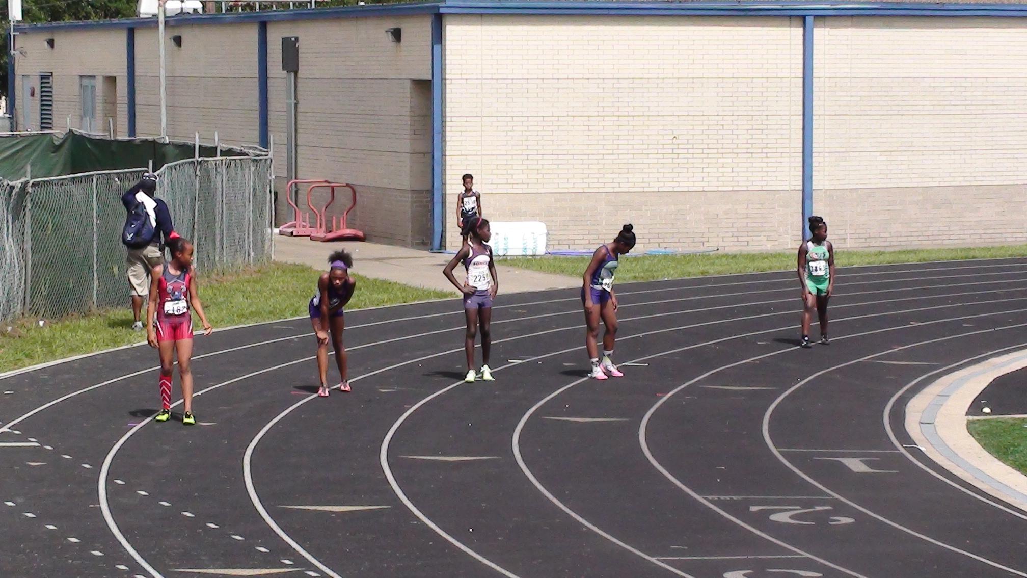 Hannah on the 4x100 relay