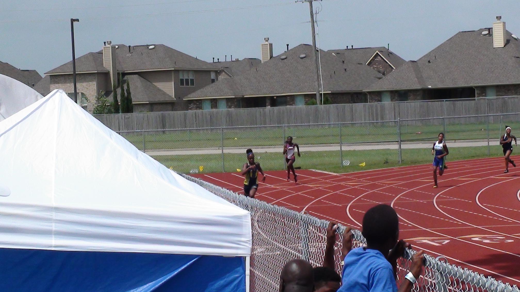 Carson in the 400m