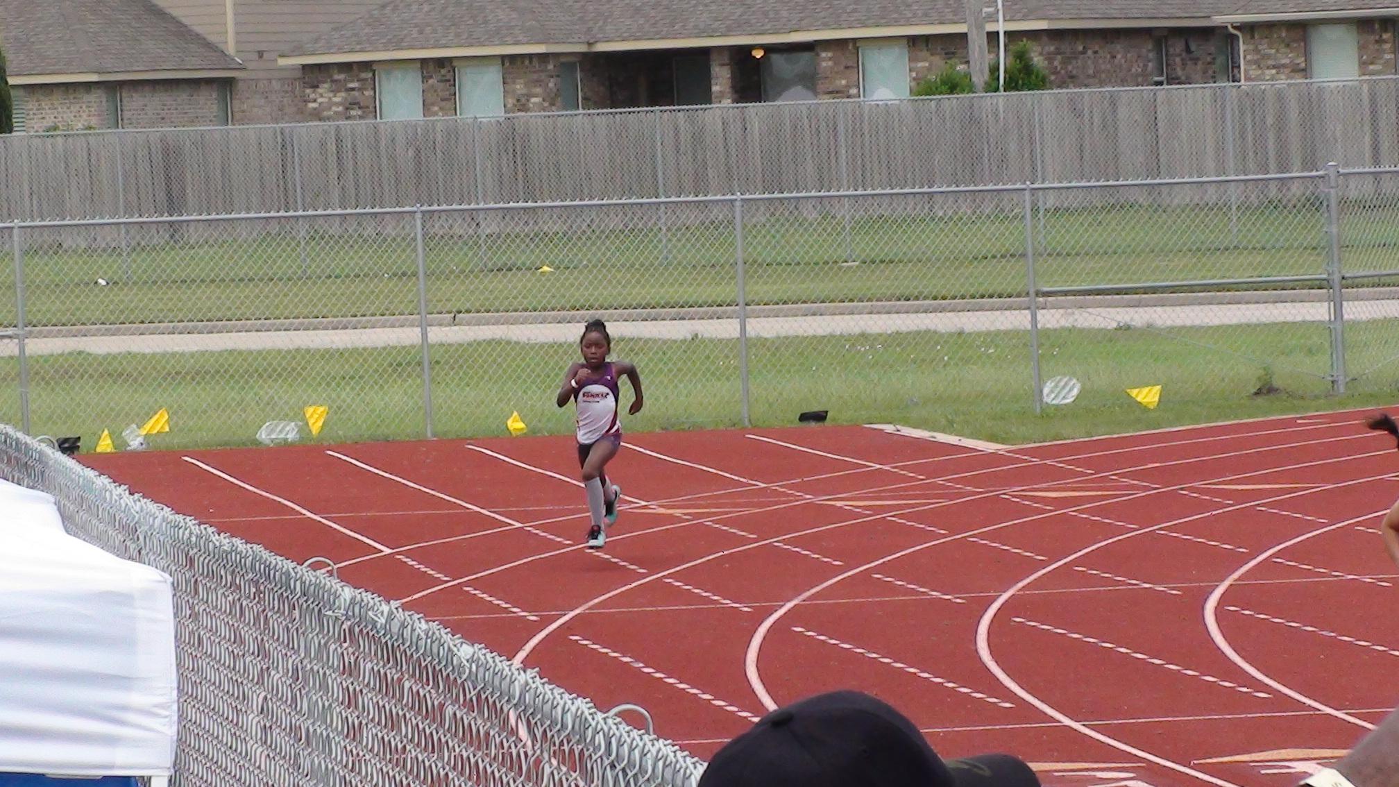 Dakota in the 400m