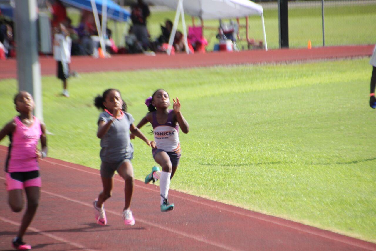 Dakota running the 100m