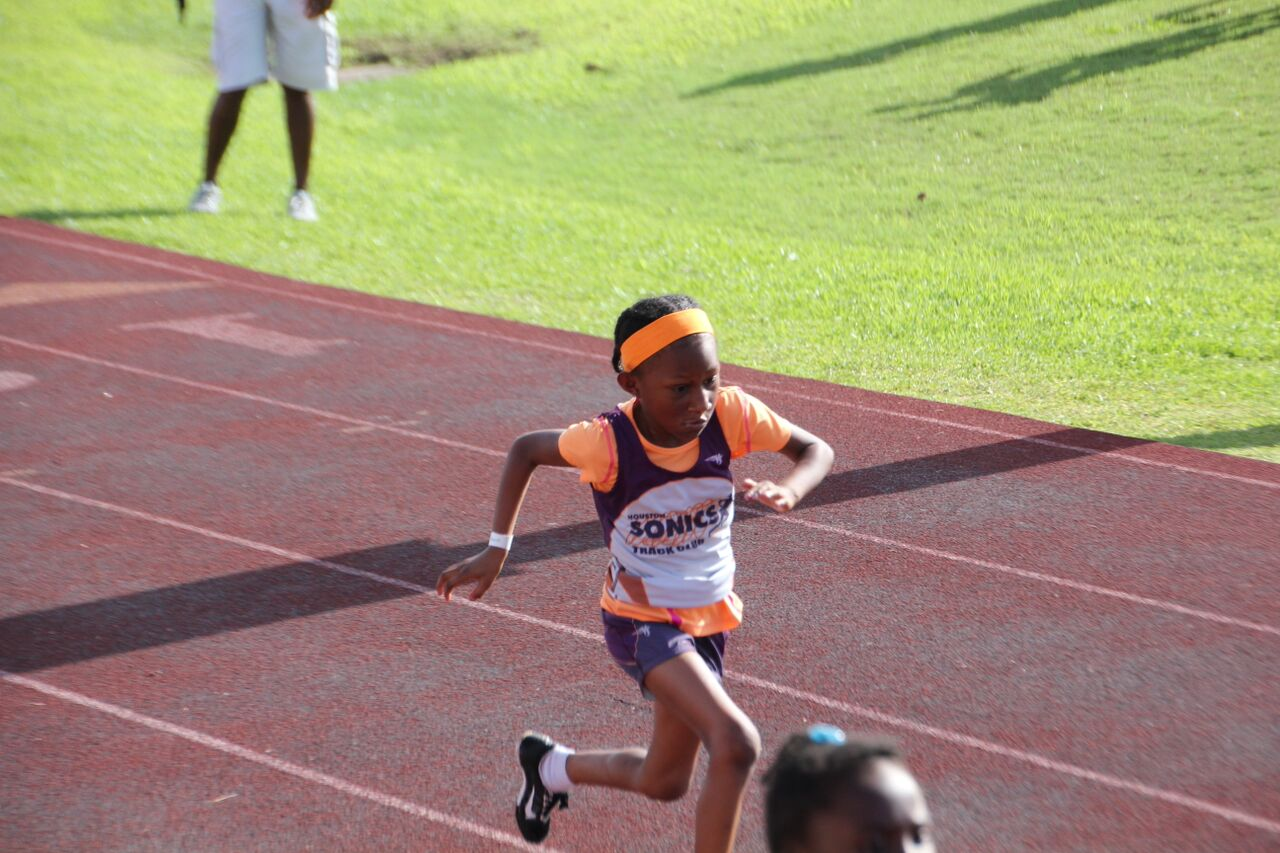 Taylor running the 100m