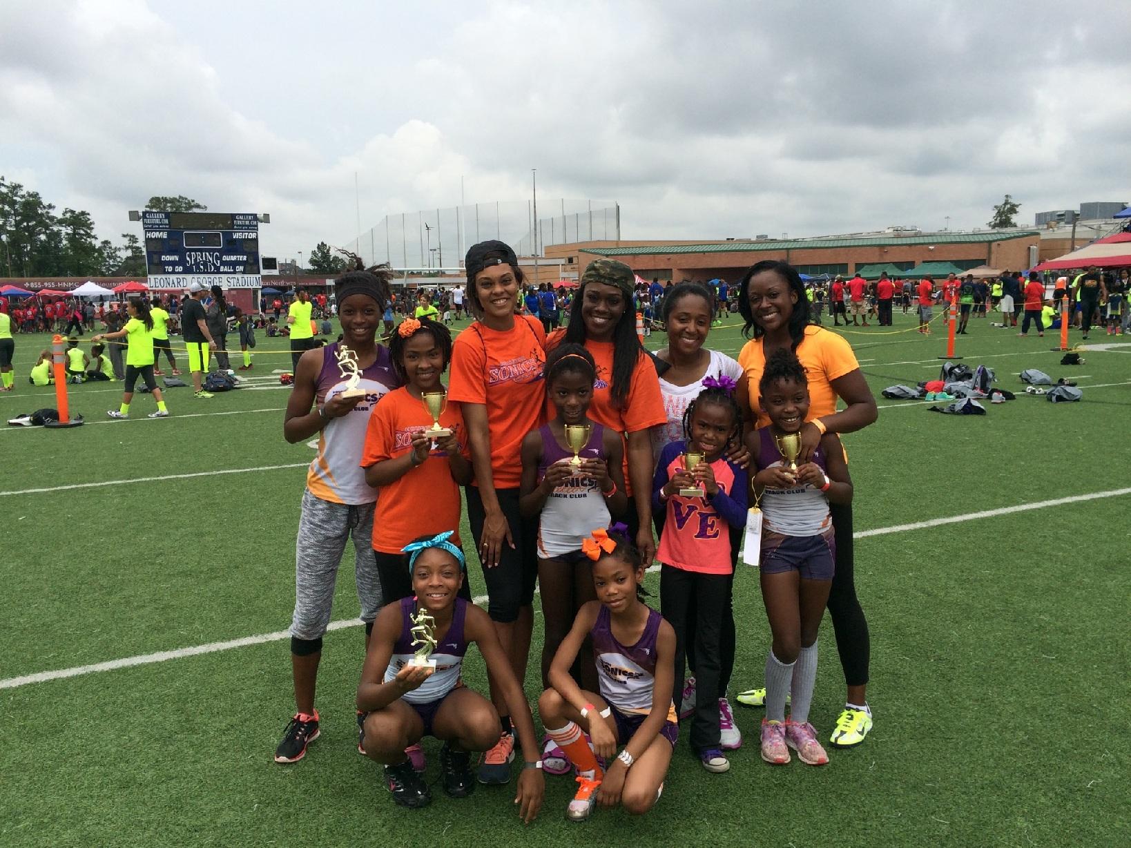 Sonics girls relay winners