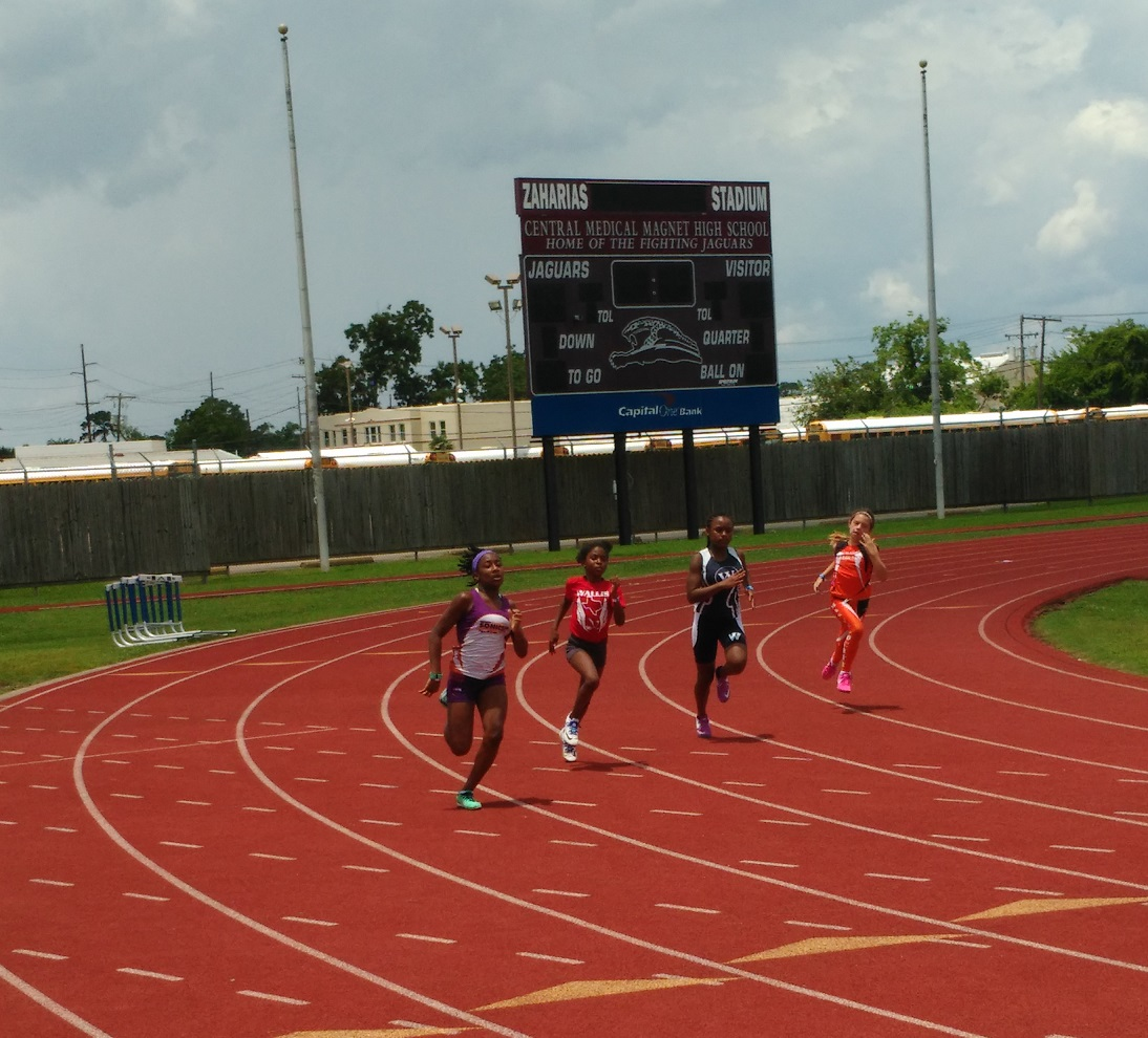 Regan running the 200
