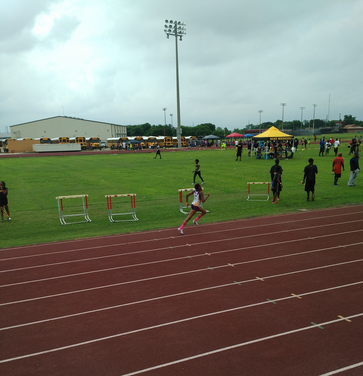 Kennedy running the 200