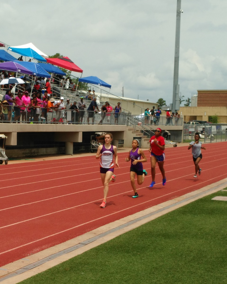 Haley running the 800