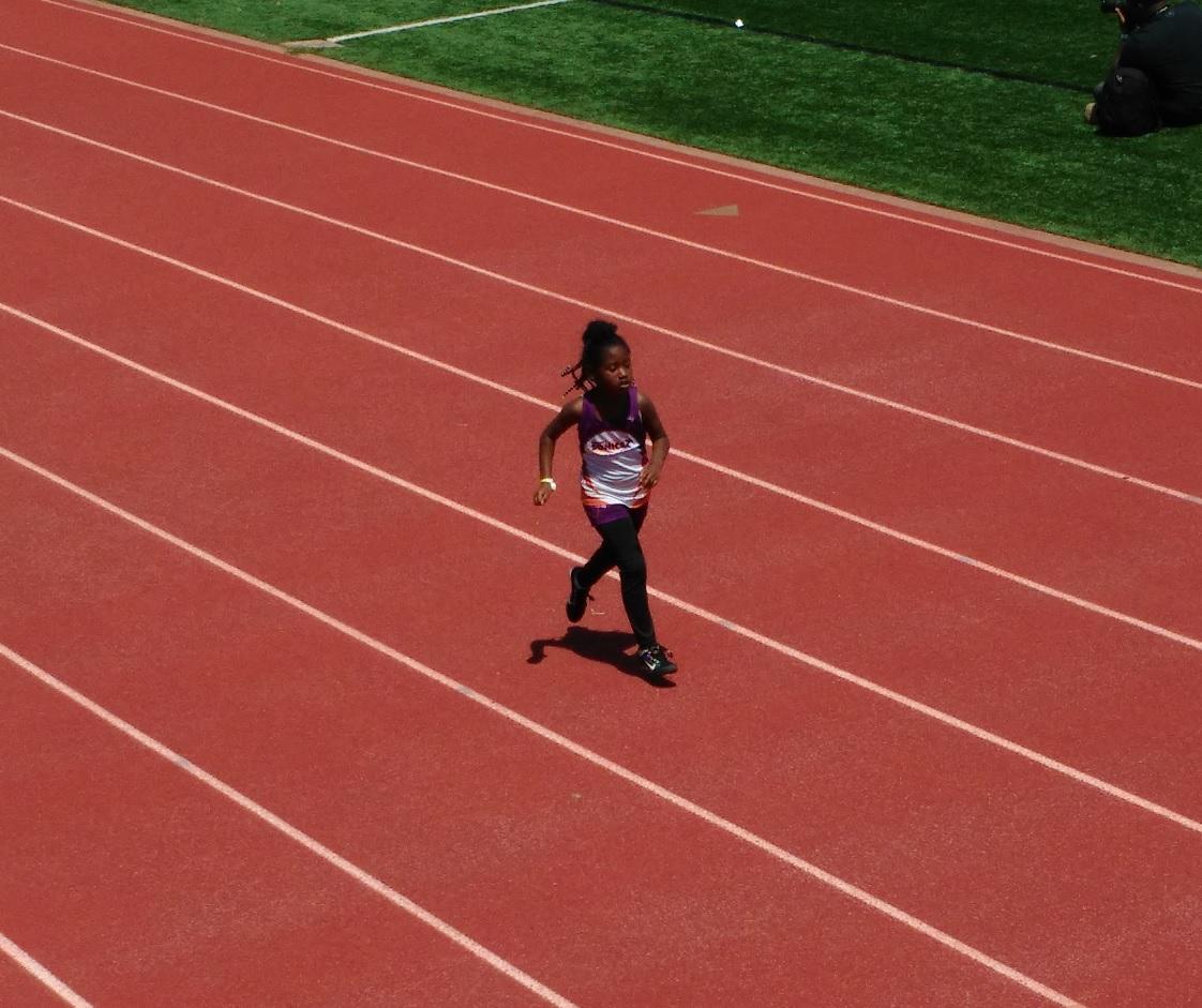 Peyton running the 400