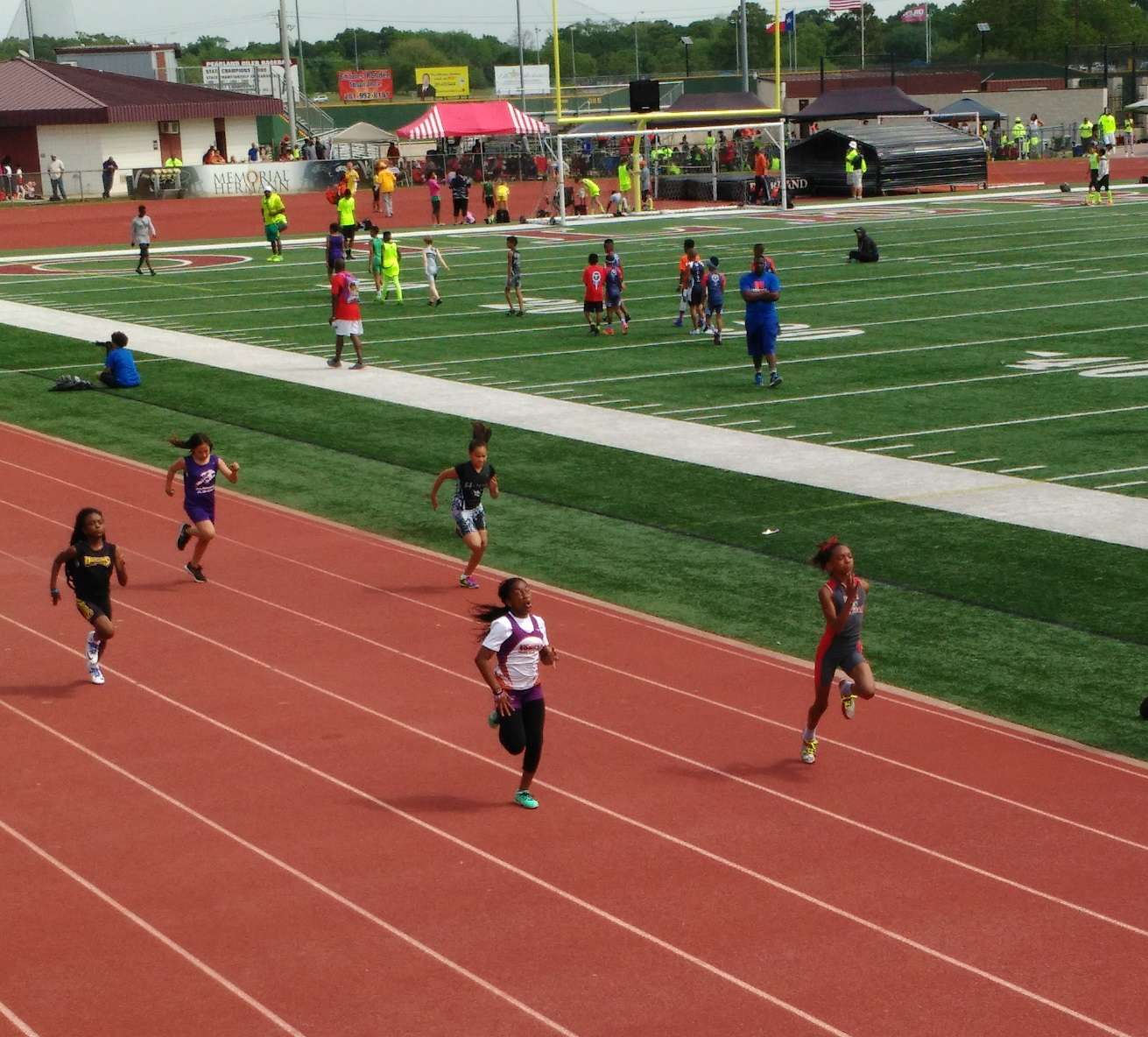 Regan running the 100