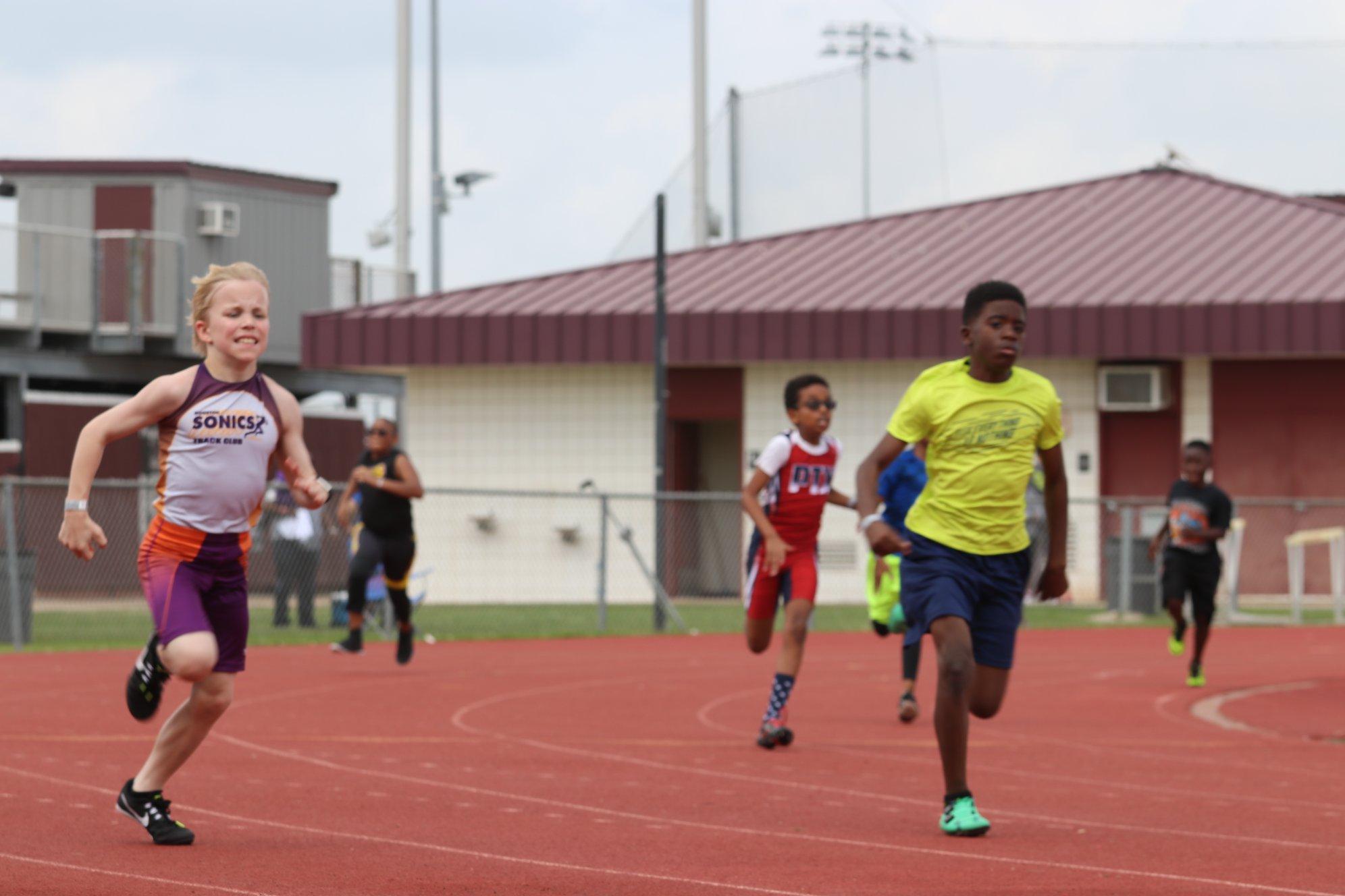 Morgan running the 400