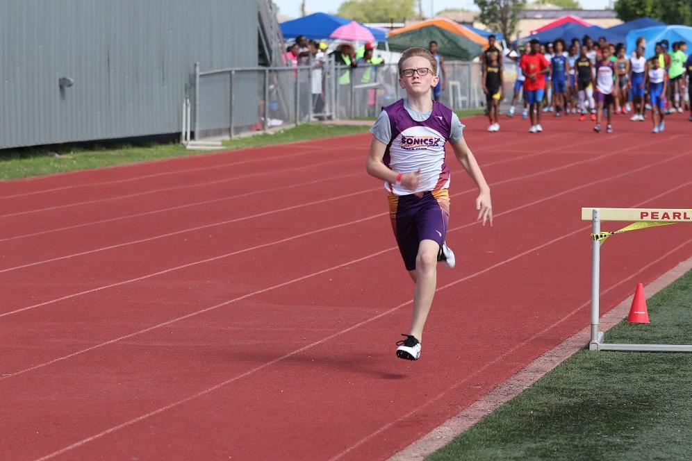 William running the 100