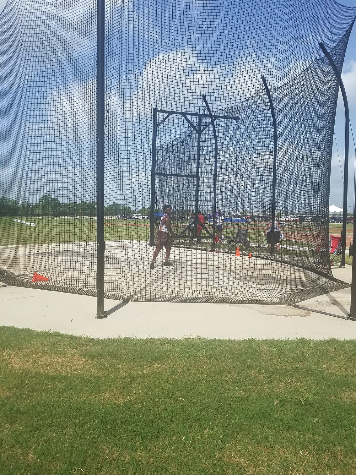 Anthony throwing the discus